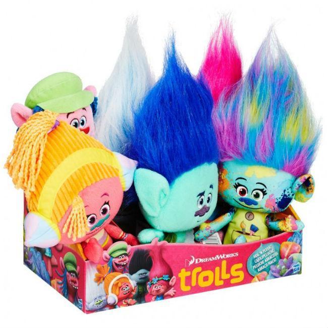 TRS: Hug ‰Û÷N Plush Ast (6) Toys and Action Figures Hasbro